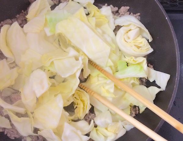 ひき肉とキャベツの甘味噌炒めレシピ2