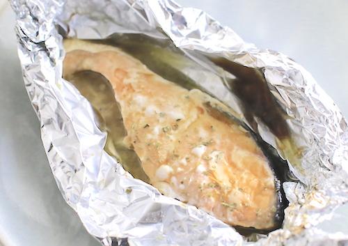鮭のバターしょうゆホイル焼き完成