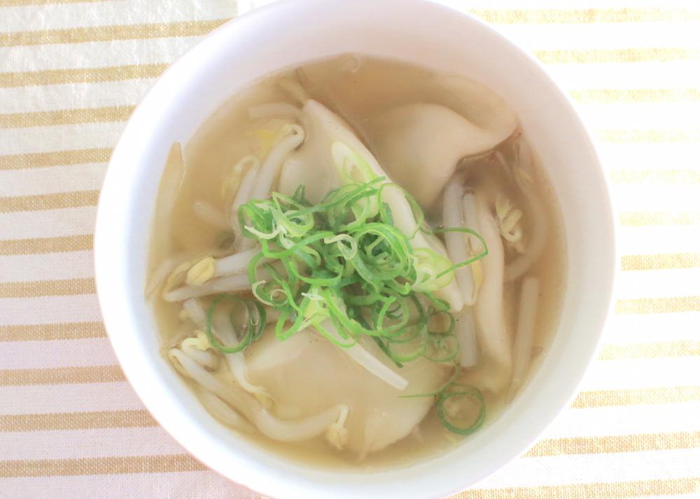 冷凍餃子で作る中華スープの簡単レシピ
