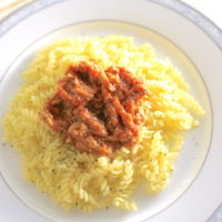 夏にぴったり簡単レシピ!ツナトマトソースの冷製パスタ