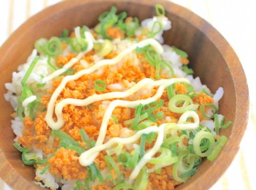 ズボラ鮭マヨ丼の完成
